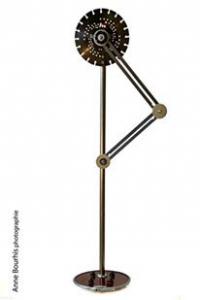 LA LAMPE COMPAS