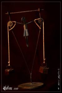 SOUS HAUTE TENSION  - Atelier 1110 - La Gacilly - Destination Brociéliande - Y.R.