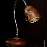 La lampe de terre et de bois